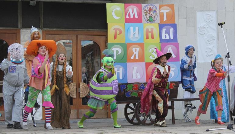 «Рязанские смотрины»: 15 фестиваль кукольных театров открылся!