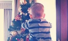 Анфиса Чехова нарядила елку для сына