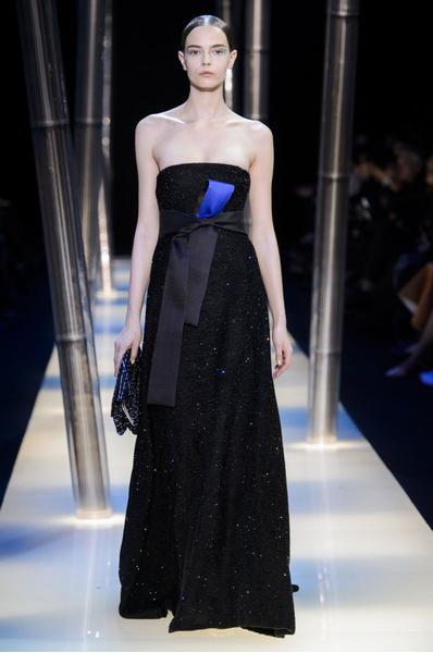 На Неделе высокой моды в Париже прошел юбилейный показ Giorgio Armani Prive | галерея [2] фото [1]