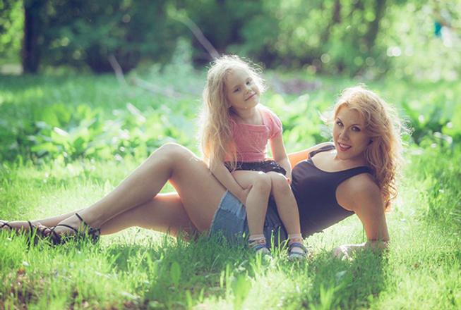 Ксения Телешова, телеведущая, с дочкой, фото