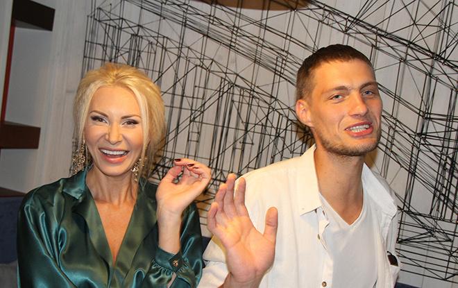 Элина Камирен и Александр Задойнов: интервью с участниками проекта «Дом-2»
