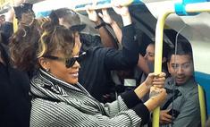 Рианна прокатилась в лондонском метро