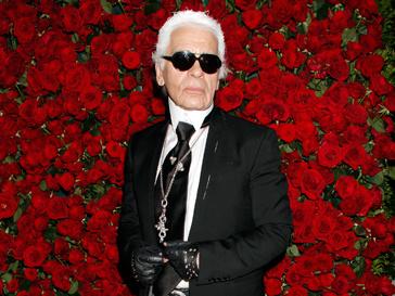 Карл Лагерфельд (Karl Lagerfeld) сообщил, что является самым большим поклонником Адель