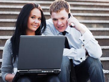 Жители США чаще узнают новости из интернета