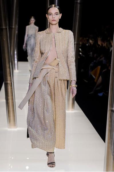 На Неделе высокой моды в Париже прошел юбилейный показ Giorgio Armani Prive | галерея [1] фото [1]