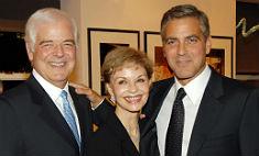 Семья Джорджа Клуни одобрила выбор сына