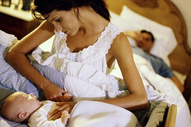 Почему младенец по ночам плохо спит
