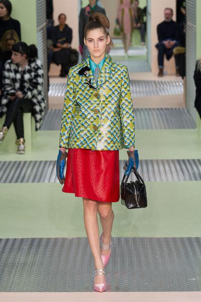 Показ Prada на Неделе моды в Милане | галерея [1] фото [11]