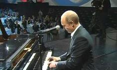 Владимир Путин исполнит песню по радио