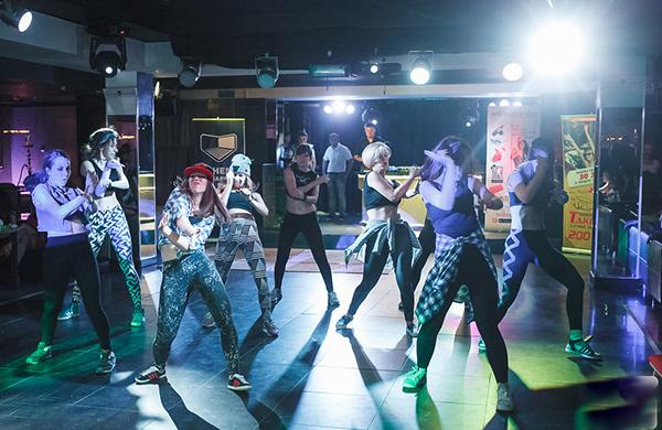где научиться танцевать, сальса бачата ирландские танцы, стрип-пластика, пол данс