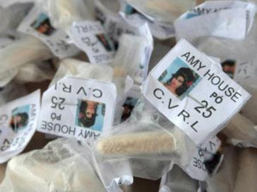 Партия кокаина с изображением Эми Уайнхаус была изъята у бразильских наркодилеров