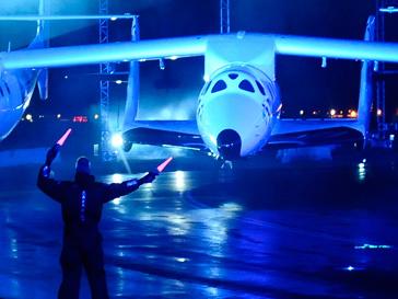 частный космический корабль SpaceShipTwo проходит испытания