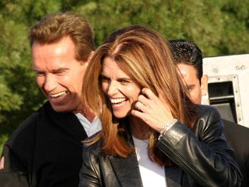 Арнольд Шварцнеггер (Arnold Schwarzenegger) и Мария Шрайвер (Maria Shriver) пытаюстся справиться с разрывом