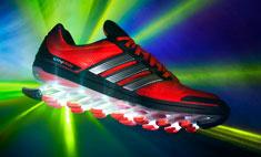 adidas выпустил необычные кроссовки для бега