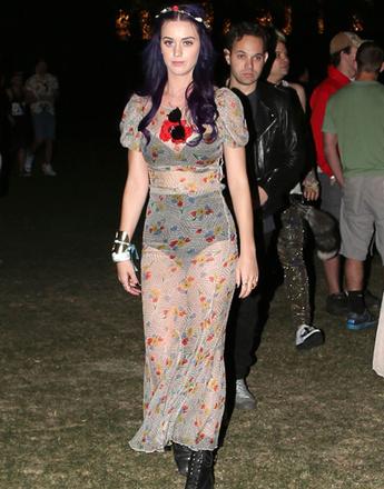 Кэти Перри (Katy Perry) на музыкальном фестивале Coachella 2012