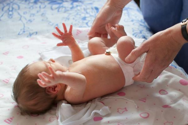 Как сшить пеленки для малыша. Видео