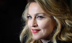Мадонну обвинили в пиаре на теракте в Париже