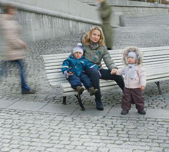 Ирина, 37 лет, дизайнер, мама Артема, 14 лет, Маши и Никиты, 1,5 года «Я хочу видеть, как растут мои дети»