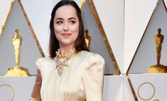 Бьюти-провал или тренд: Дакота Джонсон с грязными волосами на «Оскаре»
