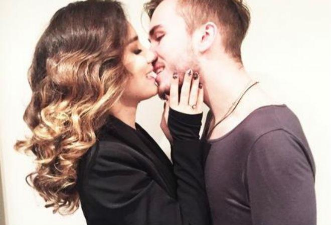 Виктория Дайнеко с женихом, фото