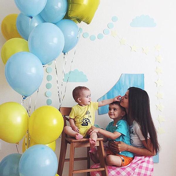 Кристина Гостева с детьми, фото