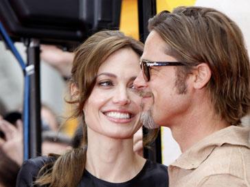 Анджелина Джоли (Angelina Jolie) выйдет замуж осенью 2011 года