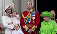 Королева Елизавета отчитала принца Уильяма на публике