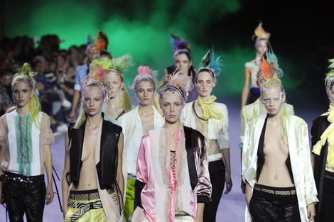 Неделя моды в Париже: день пятый   галерея [1] фото [6]