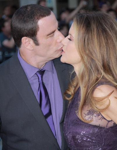 Джон Траволта (John Travolta) c женой Келли Престон (Kelly Preston)