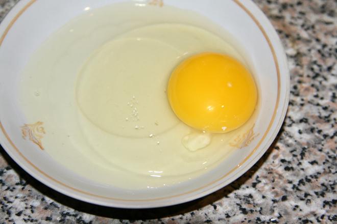 Как варить яйца в микроволновке