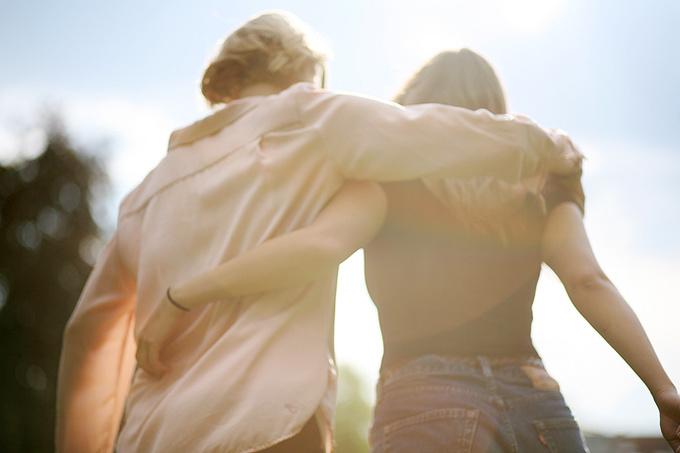 Почему мы теряем старых друзей