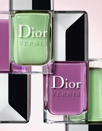 Лаки для ногтей с ароматом розы Dior Vernis Garden Party.
