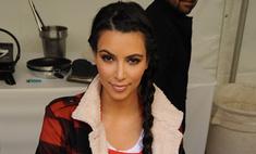 Ким Кардашьян снимает стресс благотворительностью