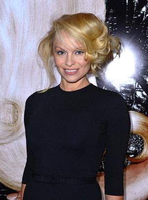 Памела Андерсон в 2013 году.