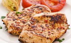 Делимся рецептами нежнейшего куриного филе в духовке