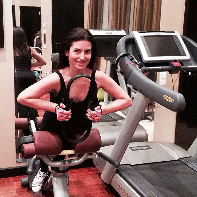 Жасмин, фото, упражнения для пресса