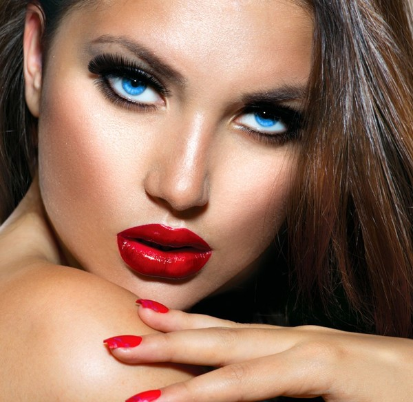 Особенности макияжа