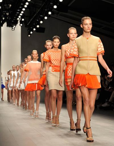 Неделя моды в Лондоне: David Koma, весна-лето 2013