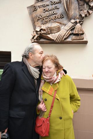 Дочь и муж Людмилы Гурченко делят квартиру актрисы
