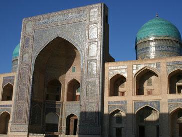 В Ташкенте снесли очередной памятник, посвященный Великой Отечественной войне