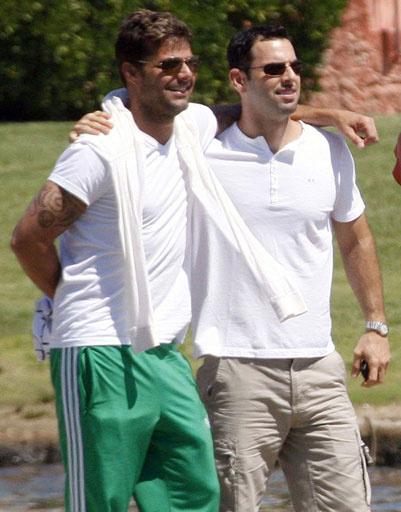 Рики Мартин (Ricky Martin) и Карлос Гонсалес Абелла