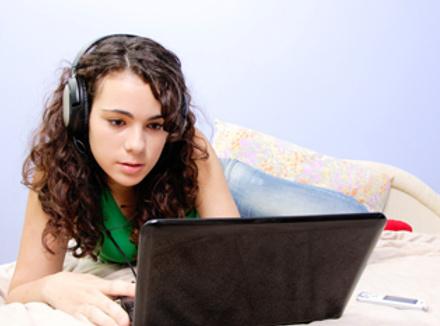 Онлайн-дневники помогают подросткам свободно выразить свои чувства, осознать их и получить поддержку сверстников