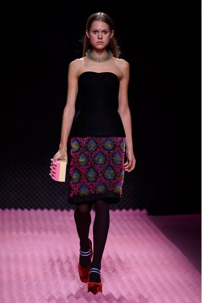 Показ Mary Katrantzou на Неделе моды в Лондоне | галерея [1] фото [6]