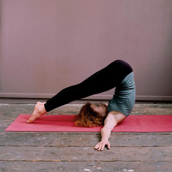 Перевернутые позы в йоге
