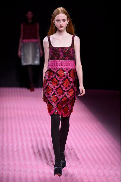 Показ Mary Katrantzou на Неделе моды в Лондоне | галерея [1] фото [26]