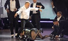 Мадонна соблазняла англичан бананом и эротичным танцем