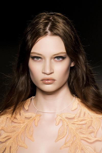 Бьюти тренд: глянцевые блески для губ | галерея [1] фото [1]