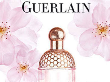 Участники акции объявили бойкот фирме Guerlain