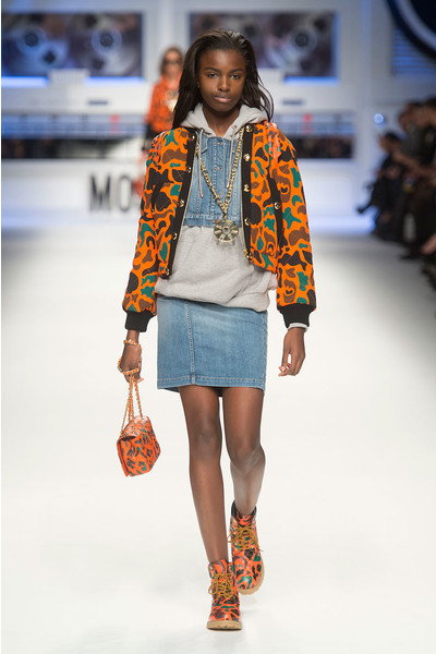 Показ Moschino на Неделе моды в Милане | галерея [4] фото [5]