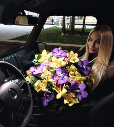 Модель Алена Шишкова тайно родила Тимати дочь Алису